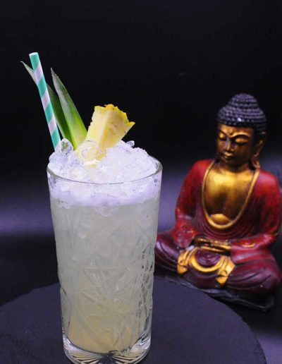 Buddha-Smile-Cocktail-ananas