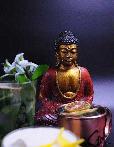Buddha-Smile-particolare-buddha-tra-i-drink